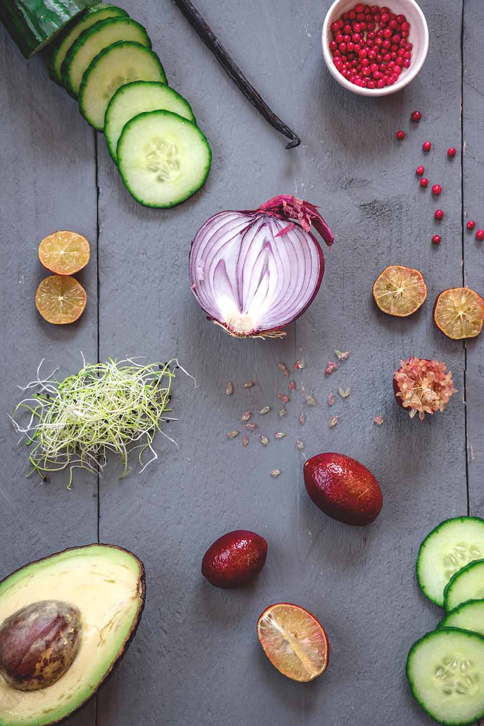 tartare-de-daurade-aux-agrumes-blood-lime-et-vanille_moncitroncaviar.com_fruits_at_home_