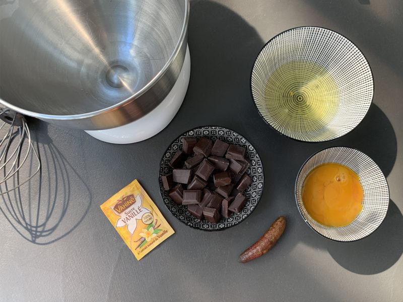 Mousse_au_chocolat_et_Citron_Caviar_fruits_at_home_01