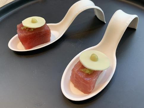Cubes thon mariné, pastille chocolat blanc, wasabi et citron caviar_fruits_at_home_moncitroncaviar.com