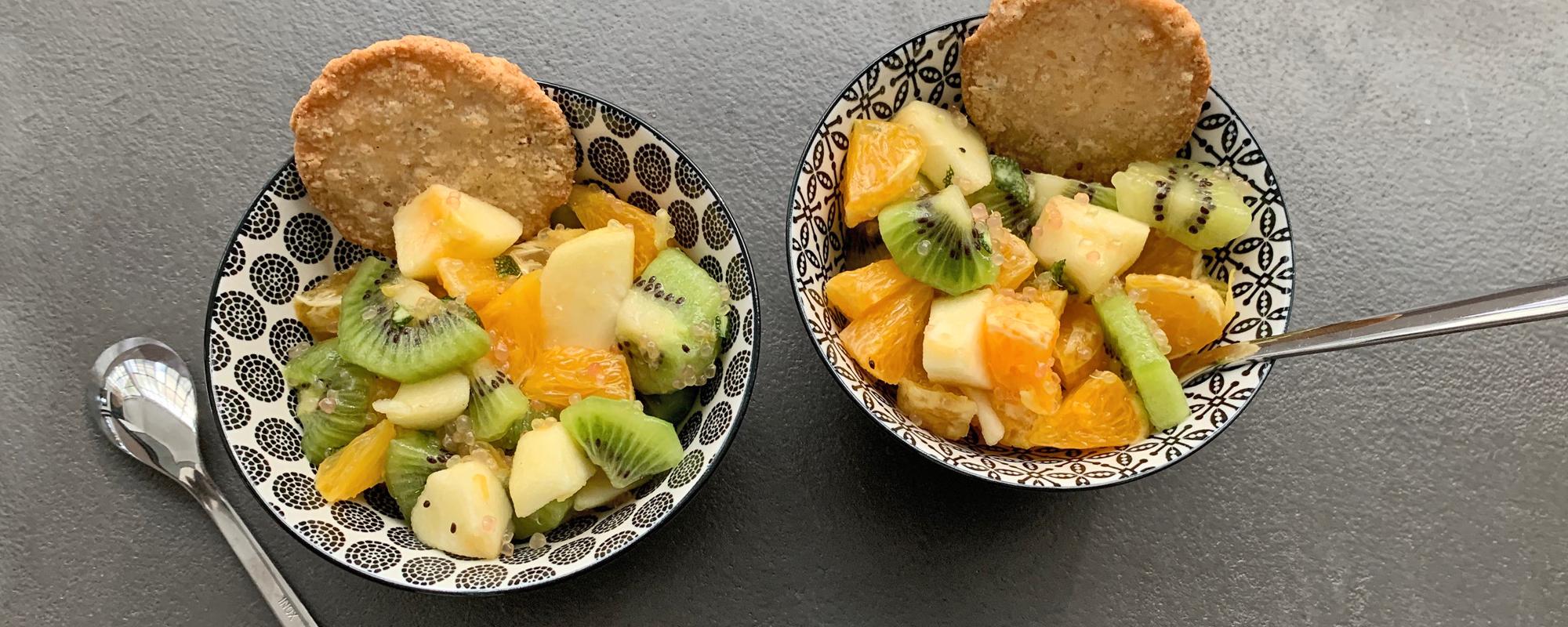 Salade de fruits de printemps au citron caviar et rhum ambré