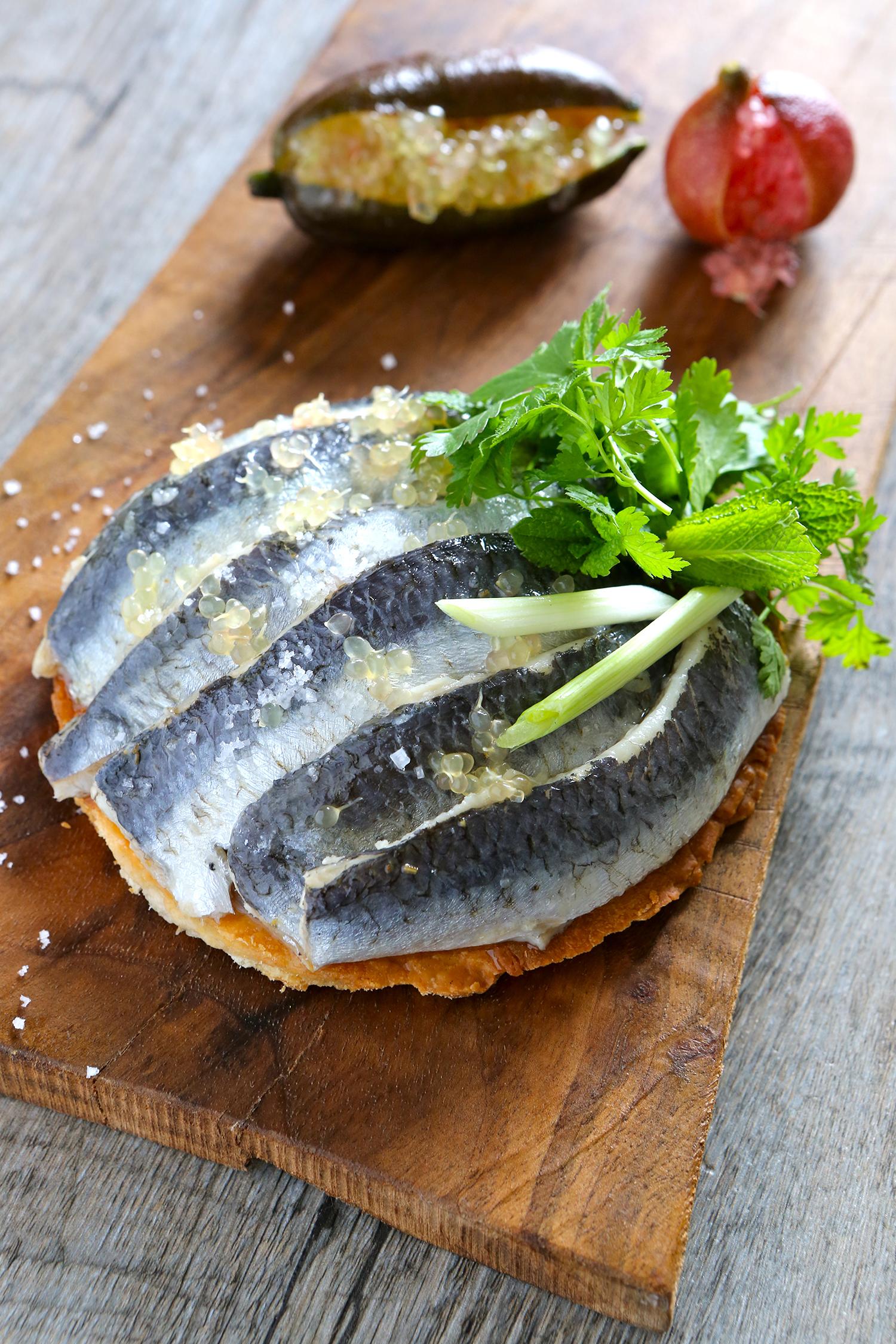 Tartelette de sardines au citron caviar et gingembre