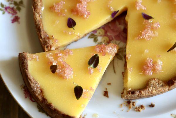 tarte aux agrumes facile et perles de citron caviar fruits at home